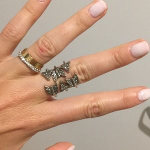 House of Harlow 1960 Arrow Affair stackable rings